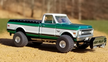 1-64th scale pulling truck 3