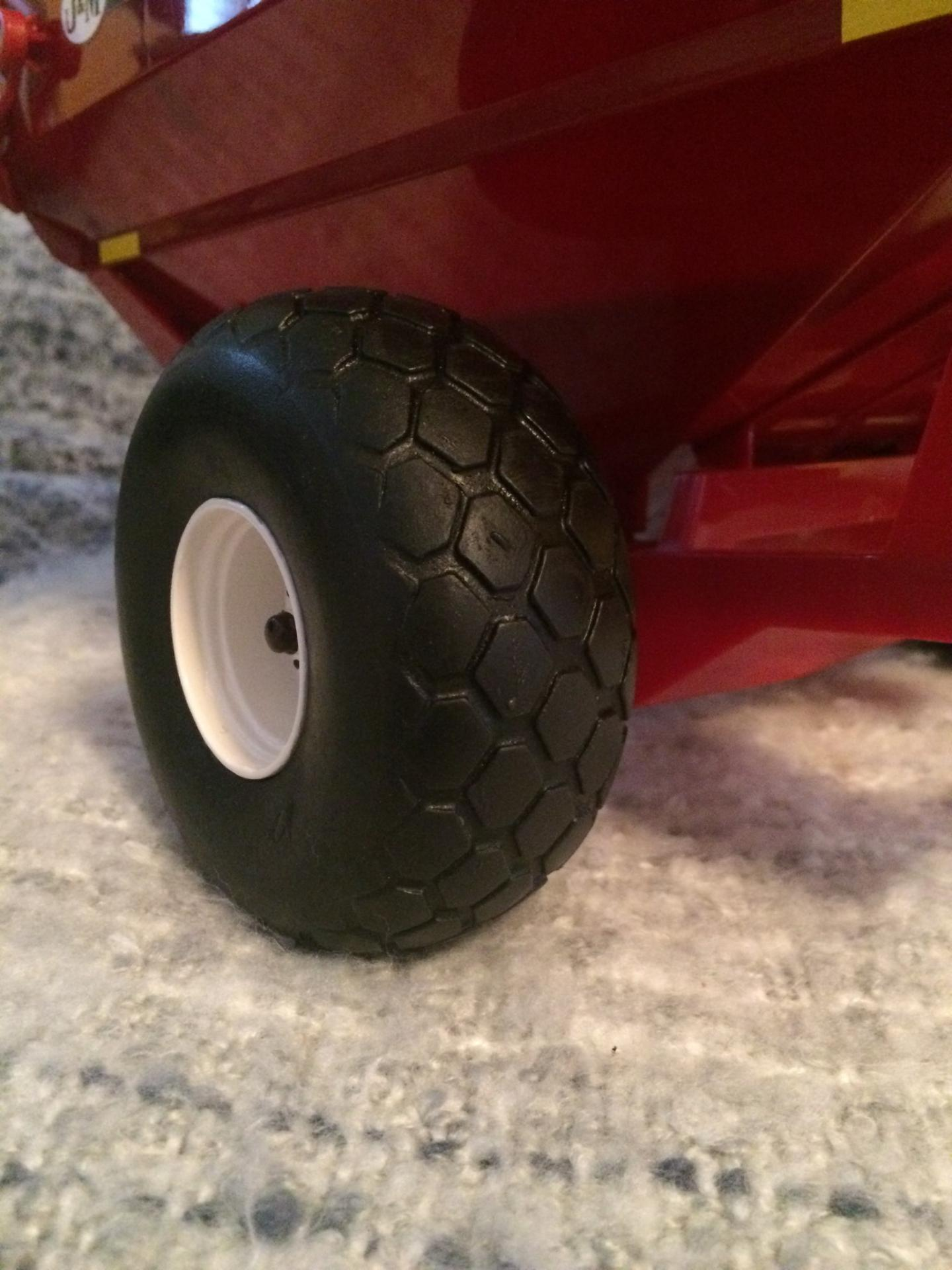 28L26 Turf Tires on a Grain Cart by Craig Duncan